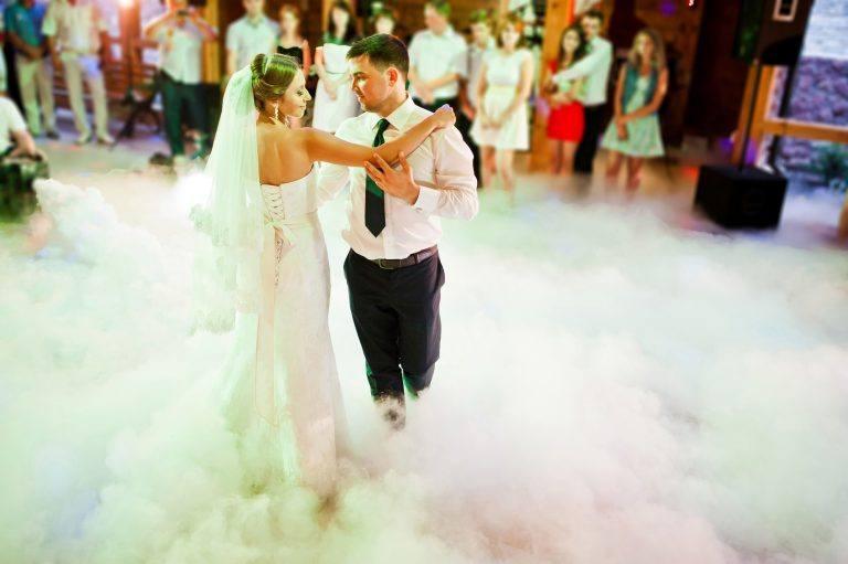 Ciężki dym na Wasze wesele czyli czym jest taniec w chmurach?